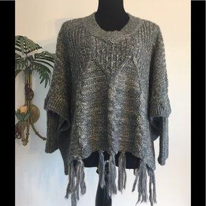 Love Token Grey/Cream Acrylic sweater cape 1 size